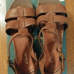 Clarks leather sandals for women